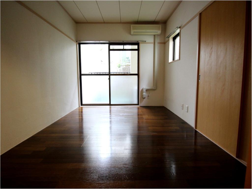 コーポ岩谷106号室 居室